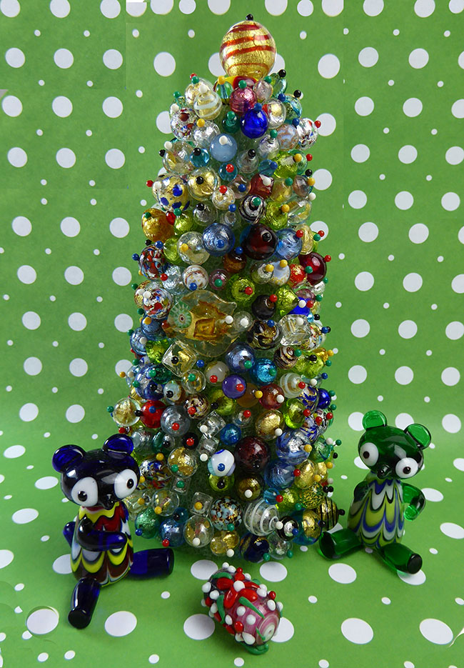 Venetian Glass Beads Christmas Tree,What to do with Broken Beads
